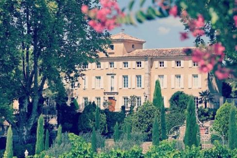 Château viticole au pied du Mont Ventoux